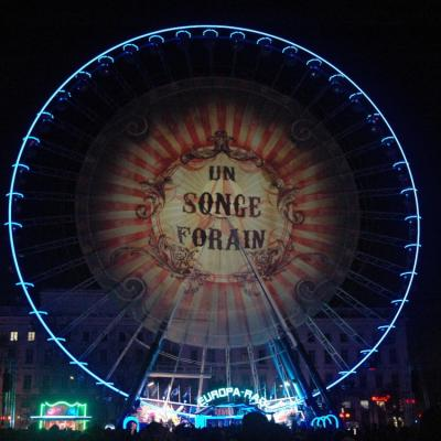 Projection sur la grande roue